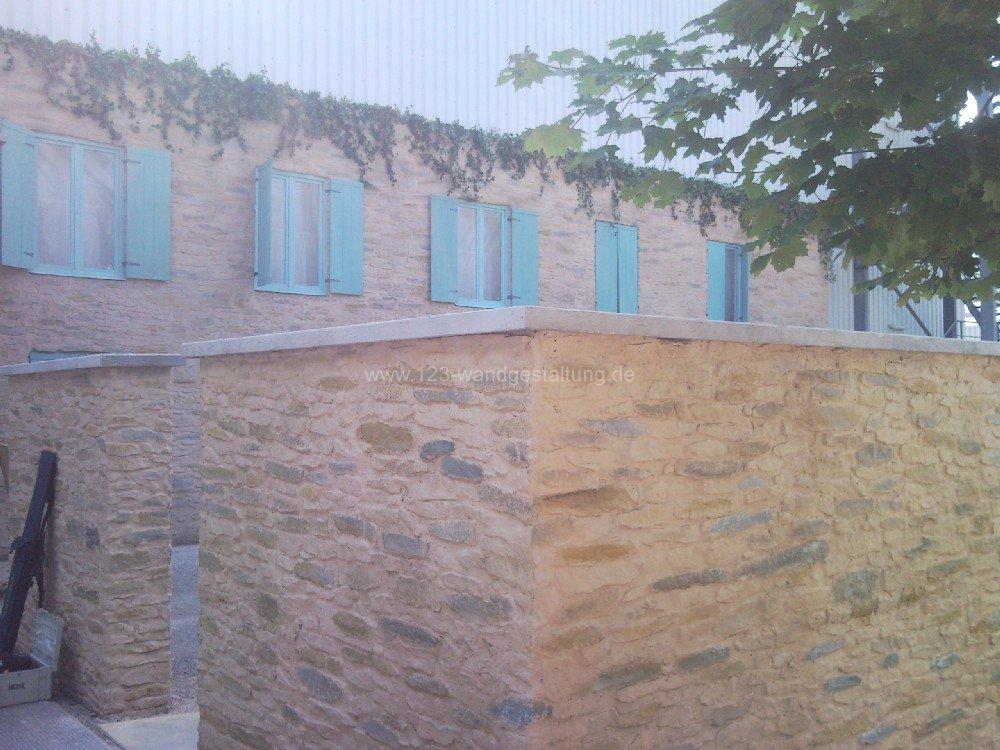Mediterrane Wandgestaltung Mit Steinpaneele Canonau   Mediterrane  Wandgestaltung