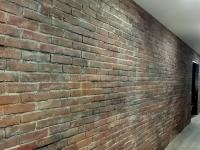 wandgestaltung-ziegelstein-optik-venezia-ladenbau-2