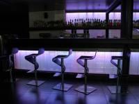 glasbausteine-mattone-projekte-bars-theken-5
