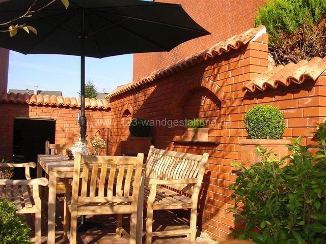 Mediterrane mauerabdeckungen zum schutz der gartenmauer for Gartengestaltung rustikal