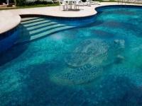 Mosaikfliesen Glassdecor als Wandverkleidung im Pool