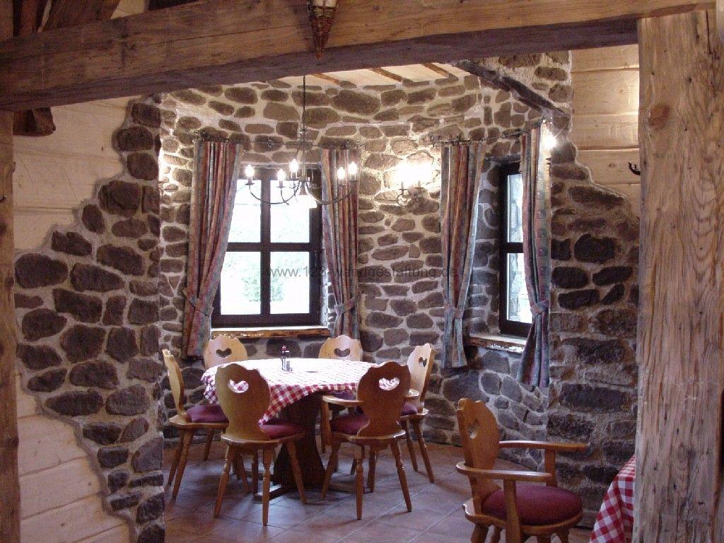 kunststeinpaneele florina f r eine steinmauer in bruchsteinoptik. Black Bedroom Furniture Sets. Home Design Ideas