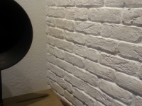 Ziegelsteinwand - Kunststeinpaneele Bronx Altweiss - Wohnzimmer