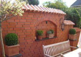 Mönch Nonnen Ziegel als Mauerabdeckung für die Gartenmauer - Teja Curva - Vieja Castilla