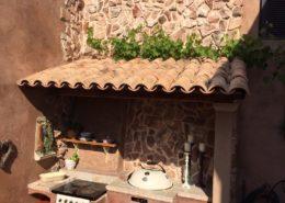 Mediterrane Mönch Nonnen Ziegel als Mauerabdeckung mit Teja Curva - Mistral