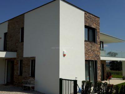 Mediterrane Hausfassade - Kunststein Verblender - Linz