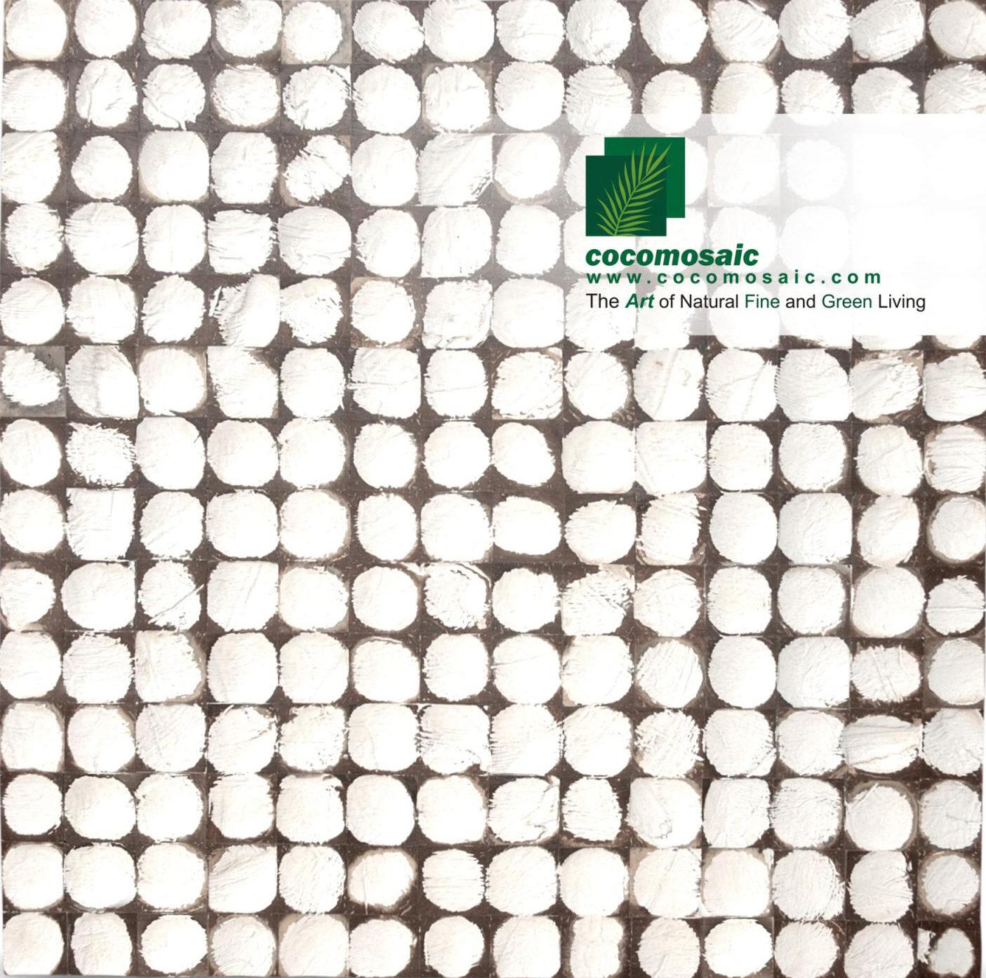 Holzfliesen von Cocomosaic aus der Schale der Kokosnuss in der Farbe White Patina
